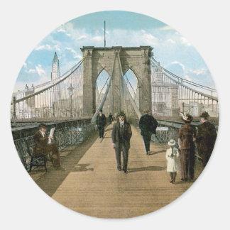 """promenade"" del puente de Brooklyn, New York City Pegatina Redonda"