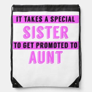 Promovido a la tía mochila