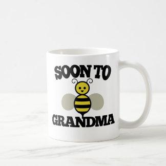 Pronto a la abuela de la ABEJA Tazas De Café