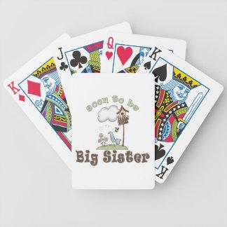 Pronto para ser Birdhouse de la hermana grande Barajas De Cartas