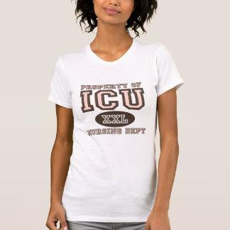 Propiedad de la camiseta apenada enfermera de ICU