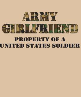 Propiedad de la novia del ejército del soldado de camisetas