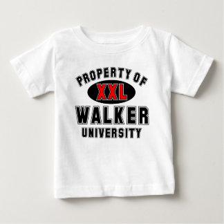 Propiedad de la universidad del caminante camiseta