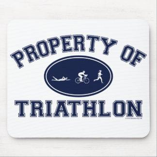 Propiedad de las camisetas del Triathlon Mousepad