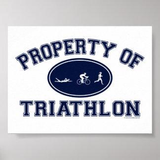 Propiedad de las camisetas del Triathlon Póster