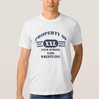 Propiedad de luchar la camiseta playera