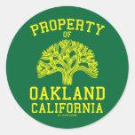 Propiedad de Oakland Pegatina
