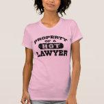 Propiedad de un abogado caliente camiseta