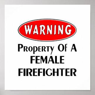 Propiedad de un bombero de sexo femenino impresiones