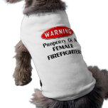 Propiedad de un bombero de sexo femenino prenda mascota