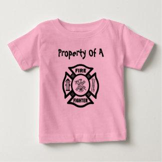 Propiedad de un bombero playera