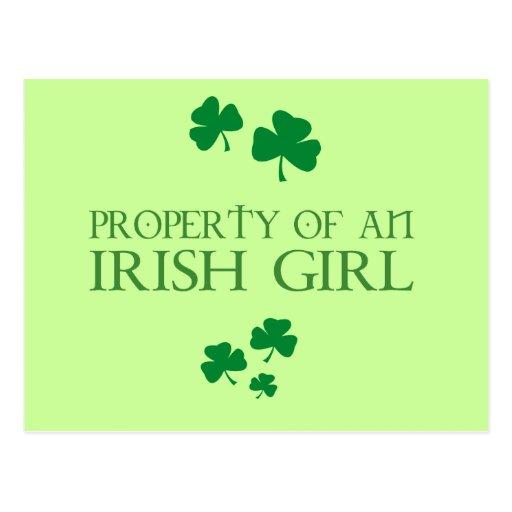 Propiedad de un chica irlandés postal