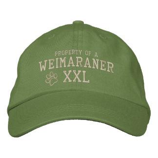 Propiedad de un gorra bordado Weimaraner Gorra De Béisbol Bordada