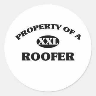 Propiedad de un ROOFER Etiqueta Redonda