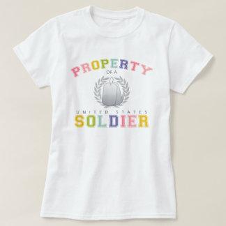 Propiedad de un soldado de los E.E.U.U. (colorido) Camisas
