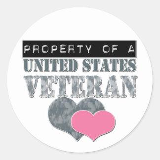Propiedad de un veterano de Estados Unidos Pegatina Redonda
