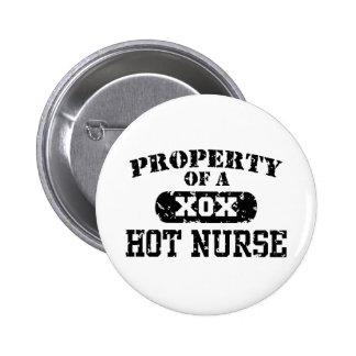Propiedad de una enfermera caliente pin