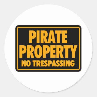 Propiedad II del pirata Pegatina Redonda