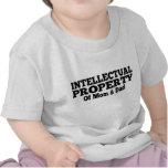 Propiedad intelectual de la mamá y del papá camiseta