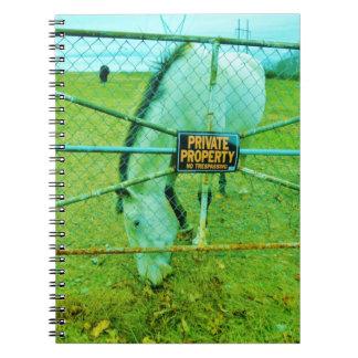 Propiedad privada, caballo cuaderno
