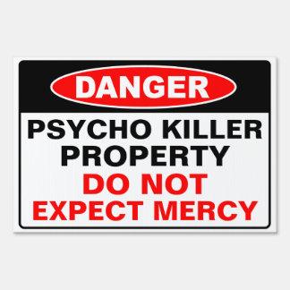 Propiedad psica del asesino letrero