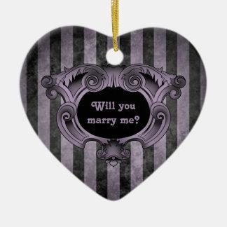 Propuesta de matrimonio negra y púrpura del corazó