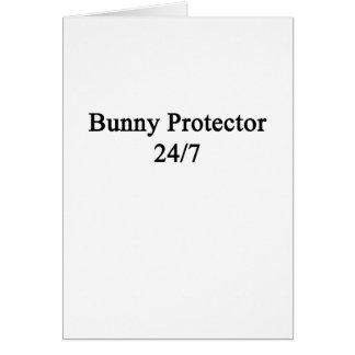 Protector 24/7 del conejito tarjeta de felicitación