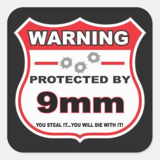 protegido por el escudo de 9m m pegatina cuadrada