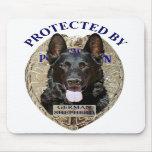 Protegido por el pastor alemán tapetes de ratones