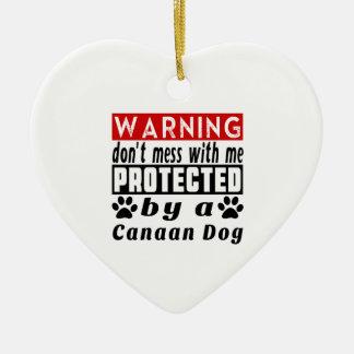 Protegido por el perro de Canaan Adorno De Cerámica En Forma De Corazón