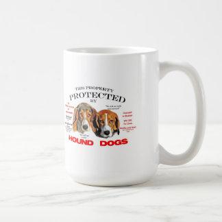 Protegido por los perros de caza taza de café