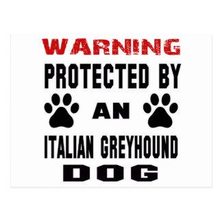 Protegido por un perro del galgo italiano postal