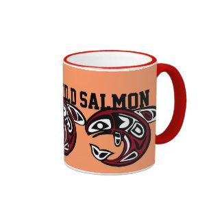 Proteja la taza de color salmón salvaje