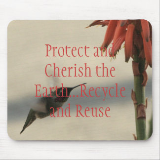 Proteja y acaricie la tierra alfombrillas de ratón