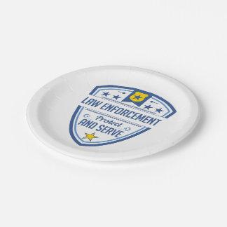 Proteja y sirva la insignia de la policía plato de papel de 7 pulgadas