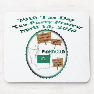 Protesta de la fiesta del té del día del impuesto  mousepad