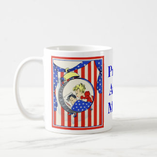 Proud Army mom vintage image Coffee Mug
