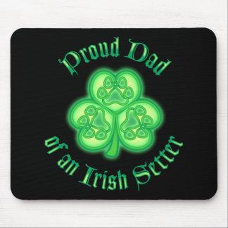 Proud Dad of an Irish Setter Mousepad