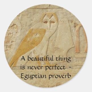Proverbio egipcio sobre belleza y la perfección etiquetas redondas