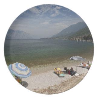 Provincia de Italia, Verona, Brenzone. Lago Garda Plato Para Fiesta
