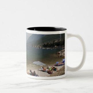 Provincia de Italia, Verona, Brenzone. Lago Garda Taza Dos Tonos
