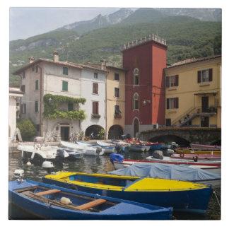 Provincia de Italia, Verona, Malcesine. Cassone 2  Azulejo Cuadrado Grande