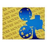 Proyector de película sobre fondo amarillo de las  tarjeta postal