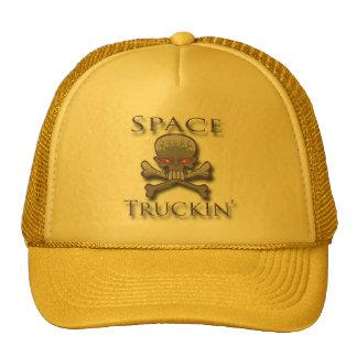Prpl de Truckin del espacio Gorras