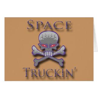 Prpl de Truckin del espacio Tarjetón