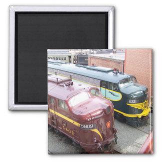 PRR E8A 5809 y ERIE E8A 833 @ Steamtown Imán Cuadrado