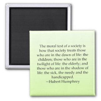 Prueba de la sociedad imán cuadrado