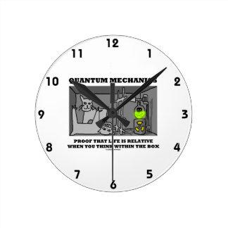 Prueba de los mecánicos de Quantum que la vida es  Reloj De Pared