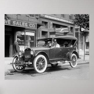 Prueba de puntura del neumático, 1922 posters