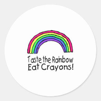 Pruebe el arco iris comen los creyones pegatina redonda